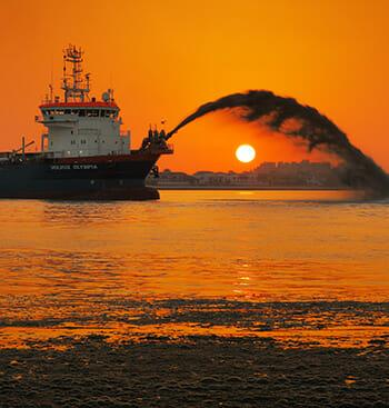 Dredge Accident lawyer